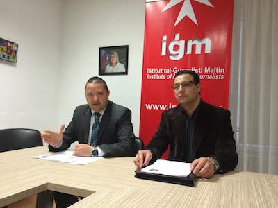Karl Wright, IĠM Chairman (left) and Roderick Agius, announcing the 25th edition of the Malta Journalism Awards.